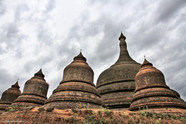 Ratanabon Pagoda