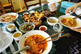 Shwe Myat Ma Naw Noodle & Drinks